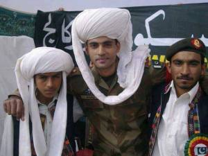 #Pakistan army Jawan with Baloch Youngsters #Balochistan